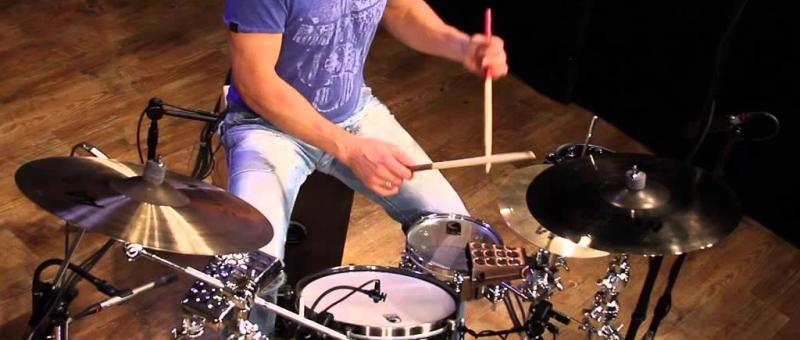 lekcje-gry-na-perkusji-w-smileflow-z-krakowa-to-sama-przyjemnosc